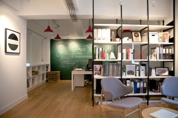 Urban Design & Build's Hong Kong Offices - Office Snapshots
