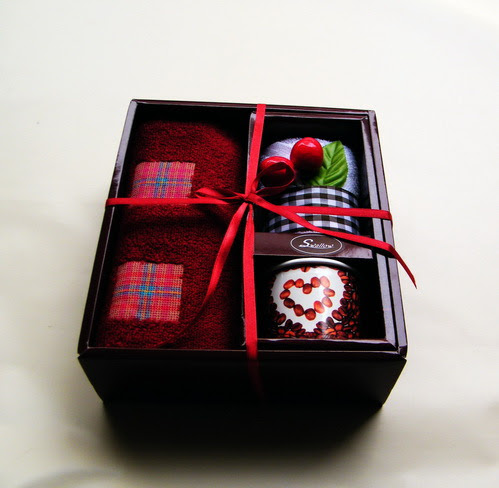 New Year gift ideas gift for Mother's women employees couple gift ...