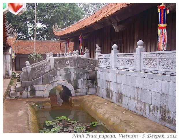 Buddhism in Vietnam - S. Deepak, 2010
