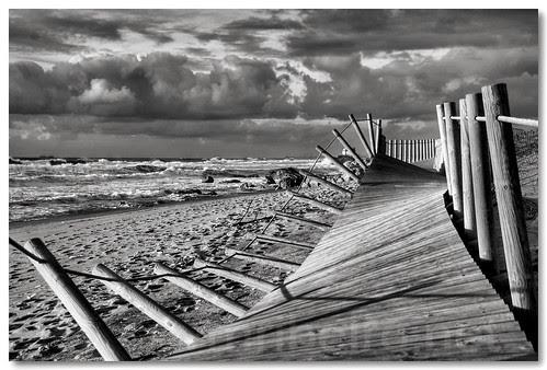 After storm... (b/w) by VRfoto
