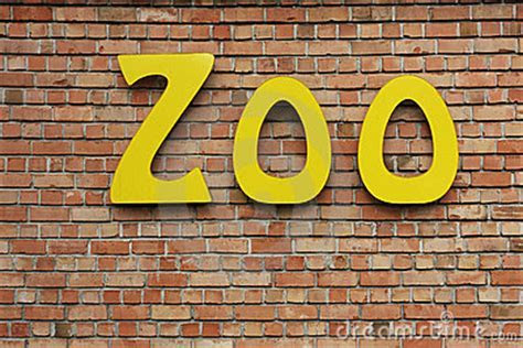 Zoo Sign Stock Image   Image: 19112931