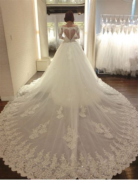 25  best ideas about Cathedral Wedding Dress on Pinterest
