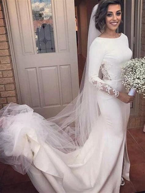 Long Sleeve Wedding Dresses Mermaid Brush Train Backless