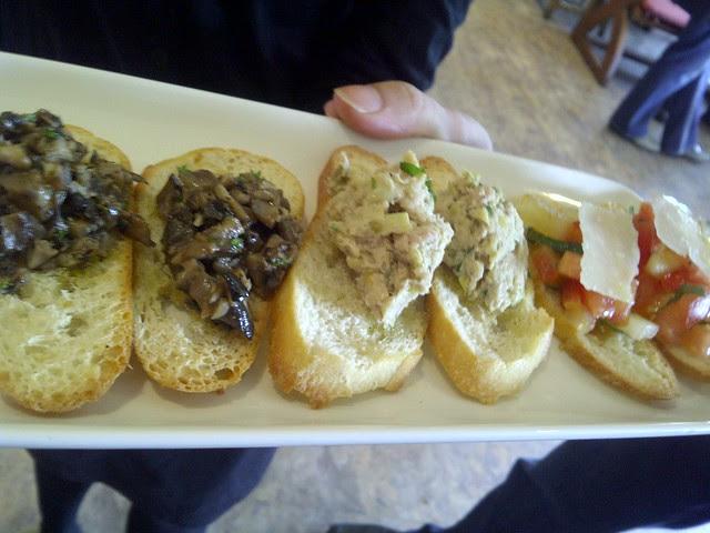 Bruschetta (Funghi, Tuna,  Tomato)