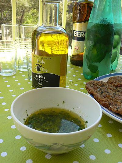 huile d'olive et sauce coriandre.jpg