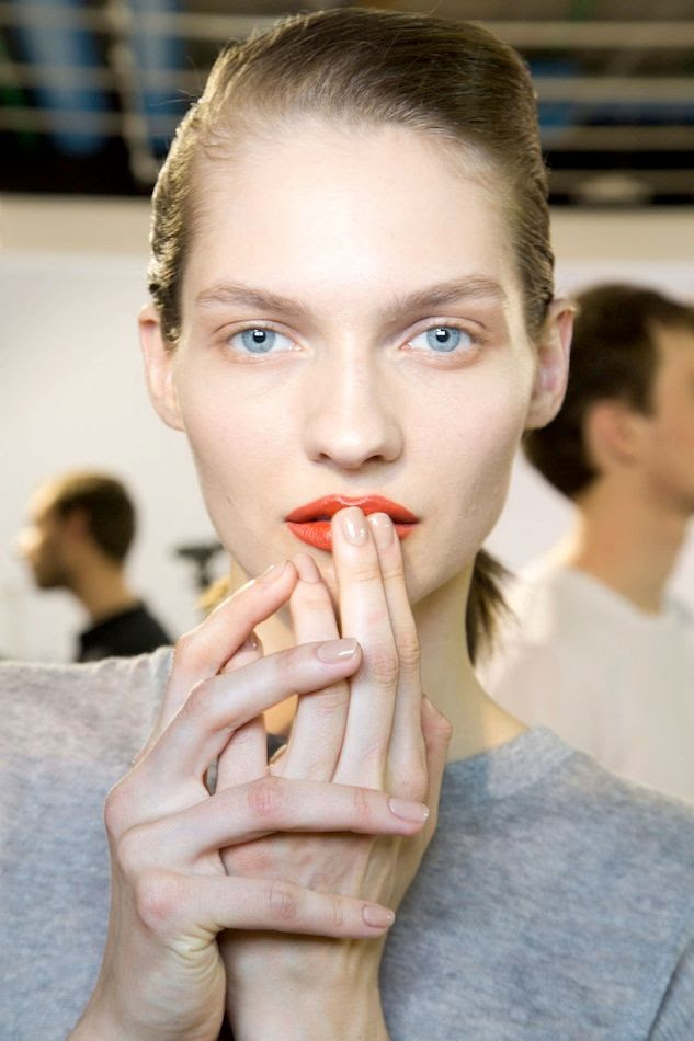 Le Fashion Blog Spring Beauty Orange Lips Nude Nails Nail Polish Acne FW 2015 Backstage photo Le-Fashion-Blog-Spring-Beauty-Orange-Lips-Nude-Nails-Nail-Polish-Acne-FW-2015-Backstage.jpg