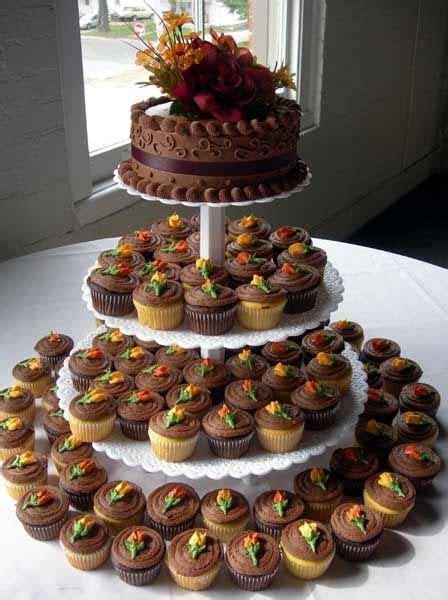 WEDDING DESIGN: Fall Cupcake Wedding Cake