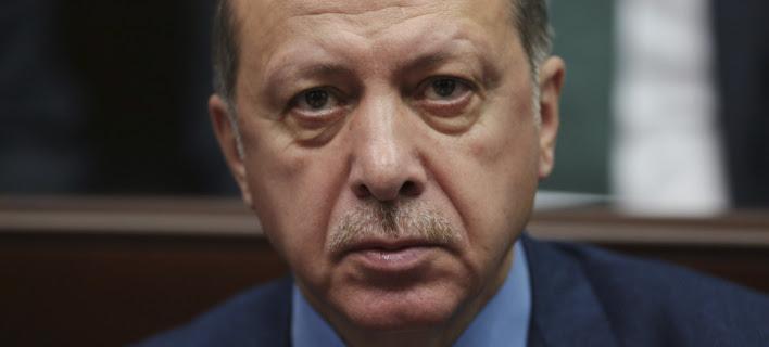 Νέες απειλές Ερντογάν: Εκδώστε τους πολίτες μας, αλλιώς δεν θα σας δίνουμε κανέναν