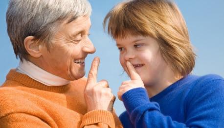 Le Pape invite les petits-enfants à visiter leurs grands-parents