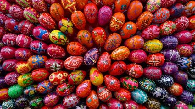 13 Amazing Easter Eggs  Decorations