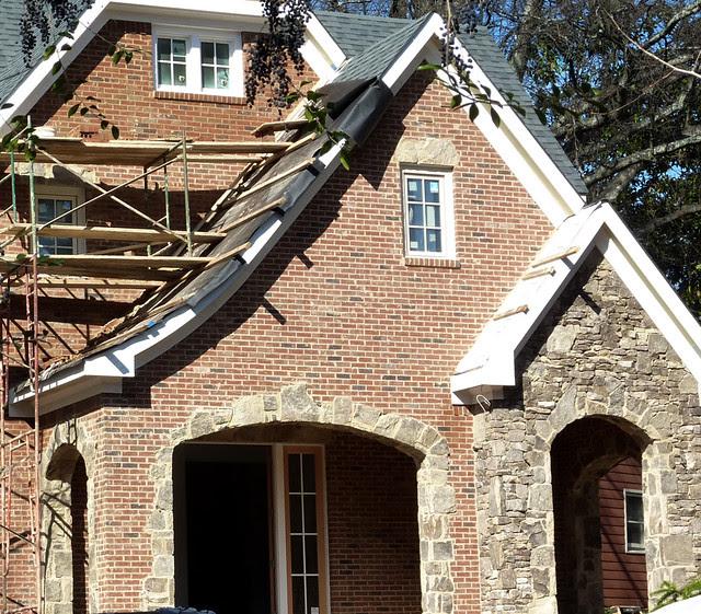 P1040124-2012-01-18--1064-Lanier-Boulevard-Teardown-WIP-brick-stone-detail