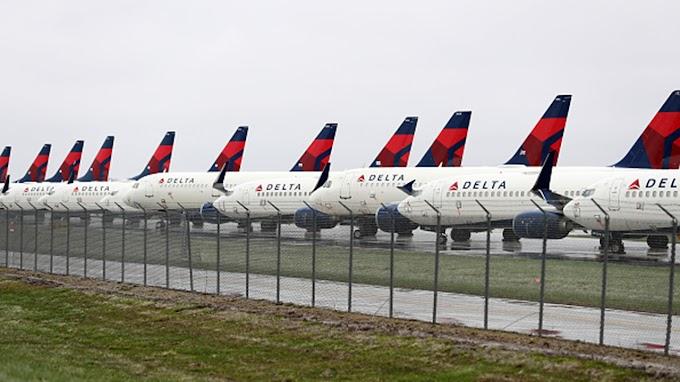 FOX BIZ NEWS: Delta Air Lines delivers a profit, but faces fuel-cost pressure