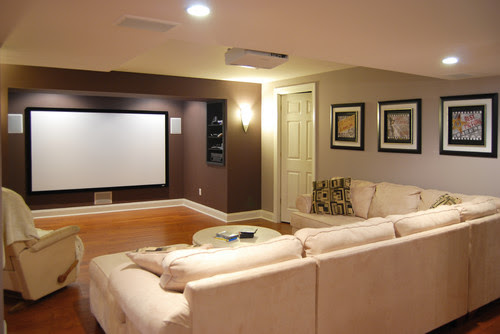 What color is the brown accent wall? - Houzz