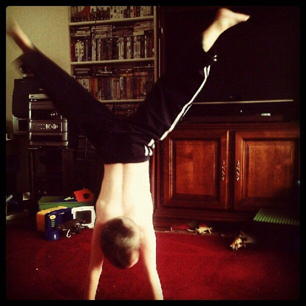 FOR USE, Straddle Handstand (from my HTC)
