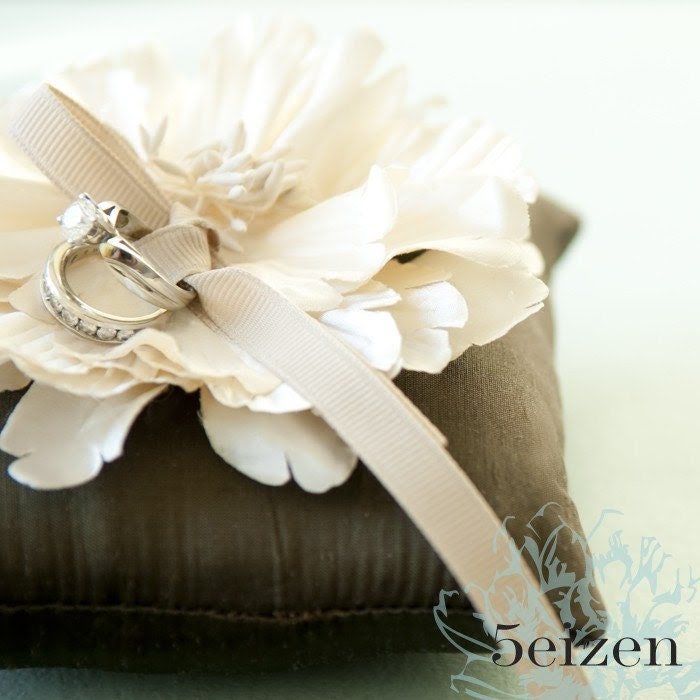 Elle Bloom Series - Brown
