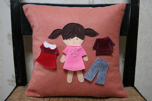 paper.doll.pillow