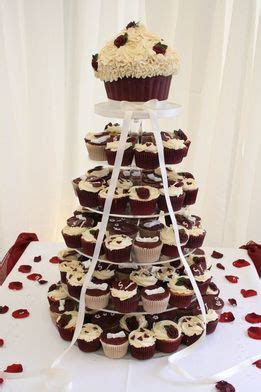 burgundy wedding   Burgundy Wedding Cupcakes   wedding