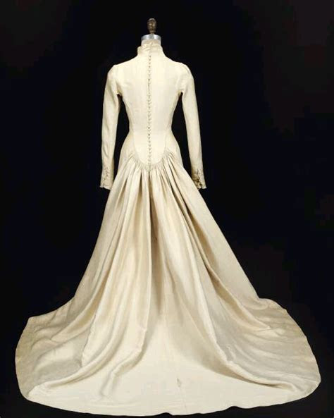 Maria's Wedding Dress Is Up For Auction   The Sound Of