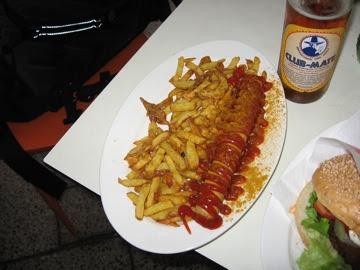Seitan Currywurst!