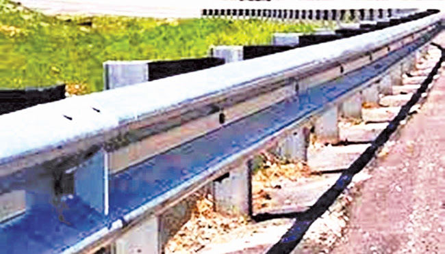 Loggal Oya railing work resumes