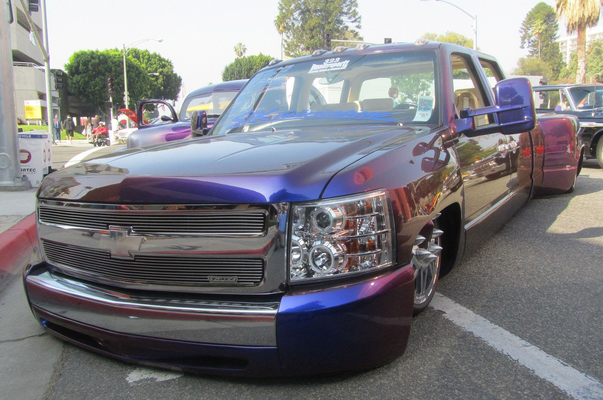 Chevrolet Dually Custom Truck | Only cars and cars