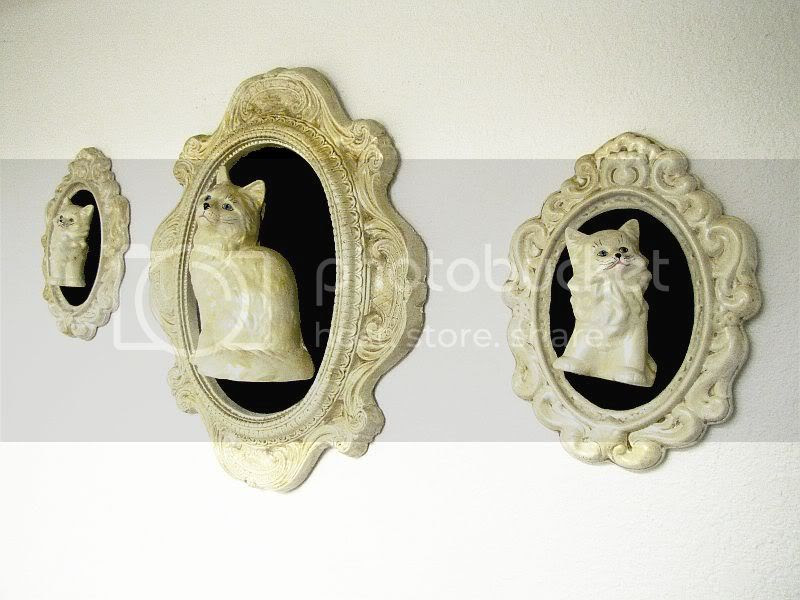 vintage cat wall plaques