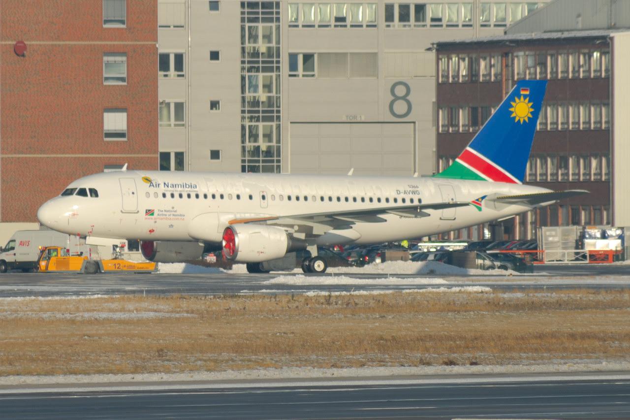 Air Namibia A319 V5-ANM in Hamburg