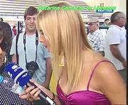 Catarina Camacho com um decote sensual na Rtp