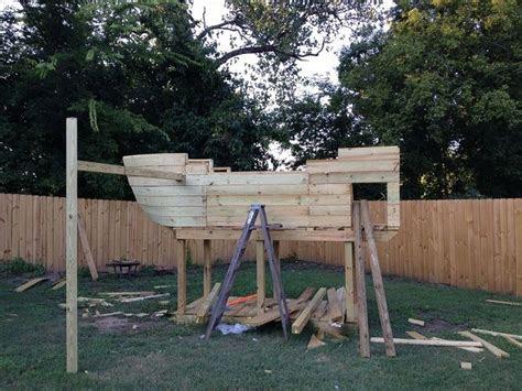 piratenschiff spielplatz selber bauen piraten schiff