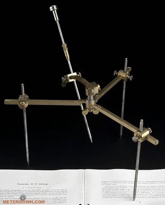medical-instrument-11