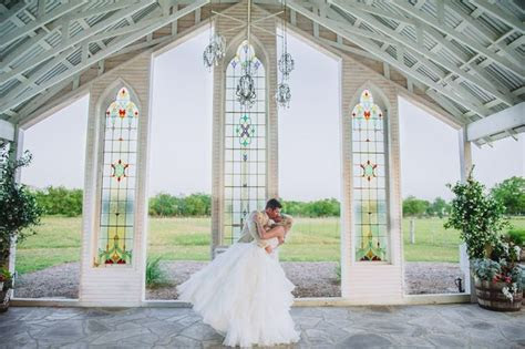 Open air wedding venue. The Gruene Estates (New Braunfels