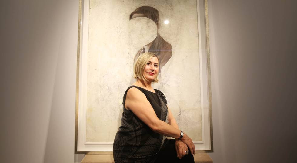 Carmen Calvo, en la galería Fernández-Braso de Madrid.