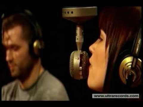 Kaskade - 4 AM Song Lyrics