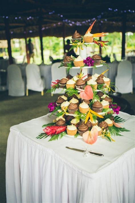 1000  ideas about Tropical Wedding Reception on Pinterest