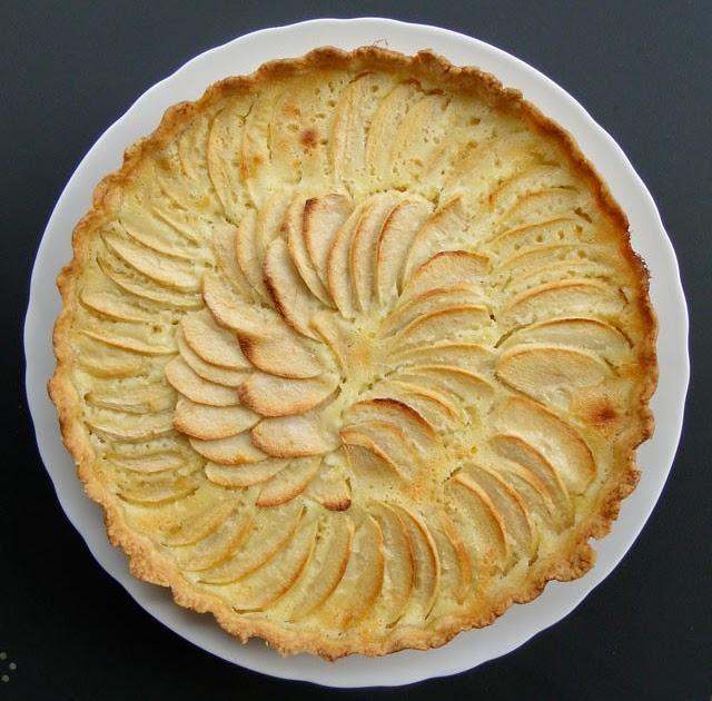 Alsatian apple tart for Alsatian cuisine