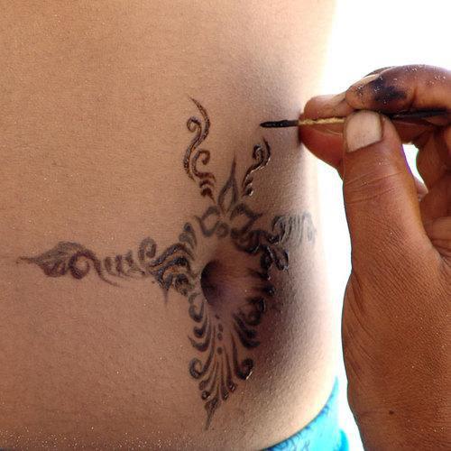 Tatuaje Temporal Cómo Hacer En Casa El Bolígrafo De Gel Henna