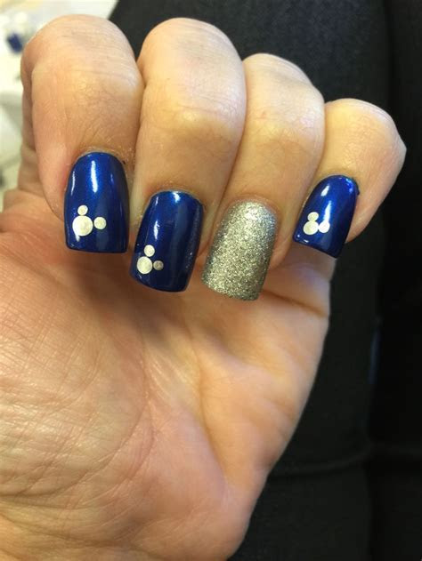 25  best ideas about Anniversary Nails on Pinterest
