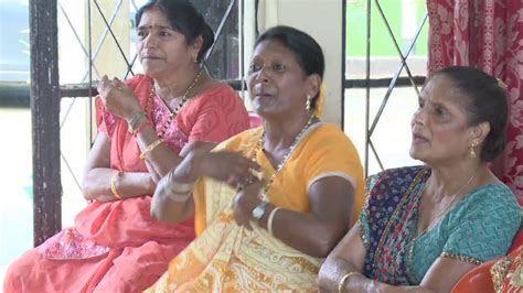 Bhojpuri folk songs in Mauritius, Geet Gawai bho   YouTube