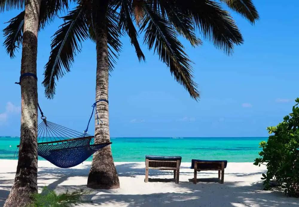 5 Reasons For A Family Vacation to Zanzibar