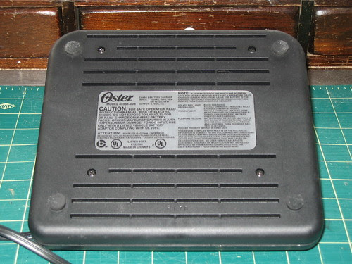 Oster Charger - Bottom