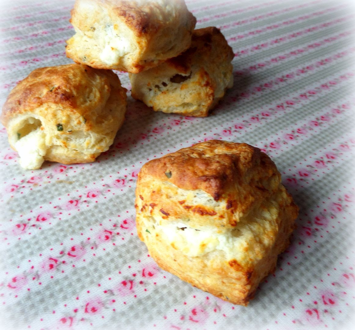 The english kitchen flaky goat cheese and chive biscuits for Table 52 goat cheese biscuits
