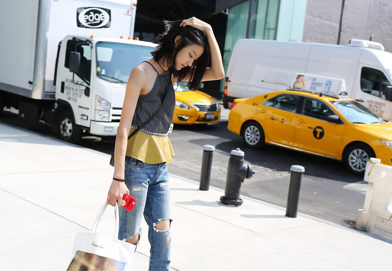 http://media.vogue.com/r/h_1600,w_1240/2015/09/09/08vogue_casting_street_style.jpg