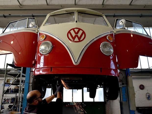Depois da reforma, veículos chegam a custar 50 mil euros (Foto: Alberto Pizzoli/AFP)