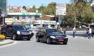 Πυρά κατά της κουστωδίας του Ερντογάν στην Πόλη…
