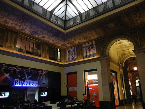 DSCN4347 _ Food Court on Via Rizzoli, near Torre degli Asinelli, Bologna, 17 October