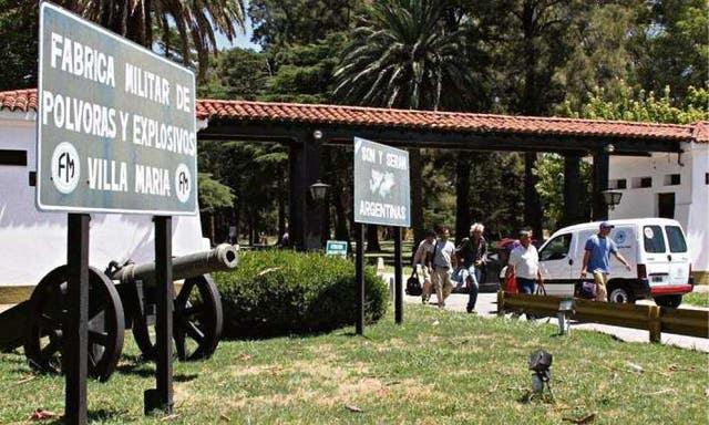"""La fábrica de Villa María es considerada la """"melliza"""" de Azul"""