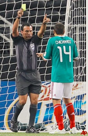 Enrico Wijngaarde de Surinam será el encargado de pitar el juego ante México en el Nacional. Foto Archivo.
