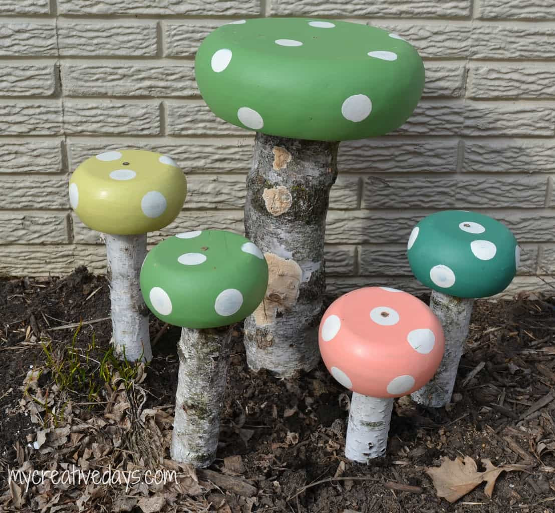DIY Whimsical Toadstools For The Yard mycreativedays.com