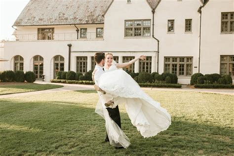 Truly Engaging Wedding Blog   Featuring real weddings and