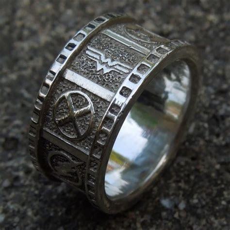 Cicmil Crowns Jewelry ? DC Superhero Wedding Band